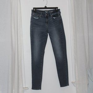 Medium Wash Mid-Rise Skinny Jeans